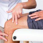 Viêm khớp: Những điều cần biết để tránh bại liệt khi về già